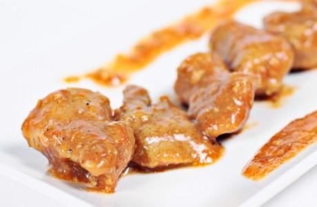 Carne en Salsa de Caracoles Marín